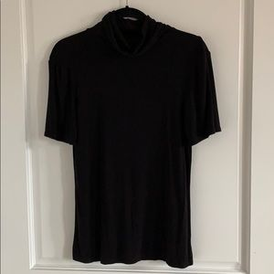 Theory black short sleeved turtleneck top